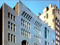 facade of Ramaz School by James S. Rossant, Conklin + Rossant